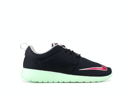 Roshe Run FB Yeezy