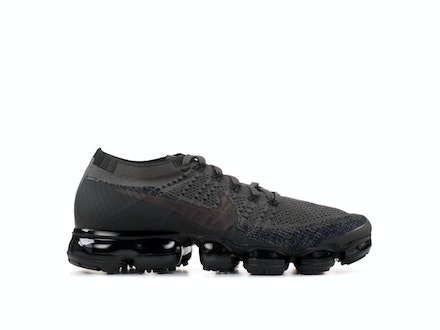 Air VaporMax Midnight Frog