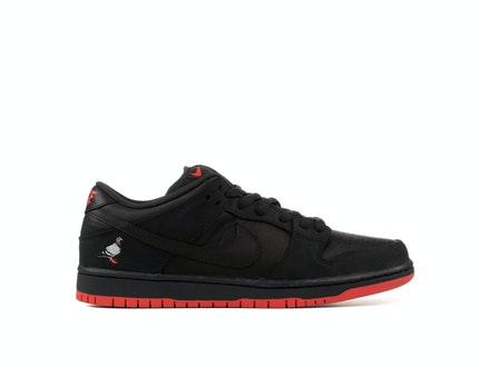 Dunk Low Pro SB Black Pigeon x Jeff Staple