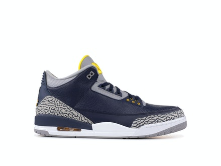 Air Jordan 3 Retro PE Michigan