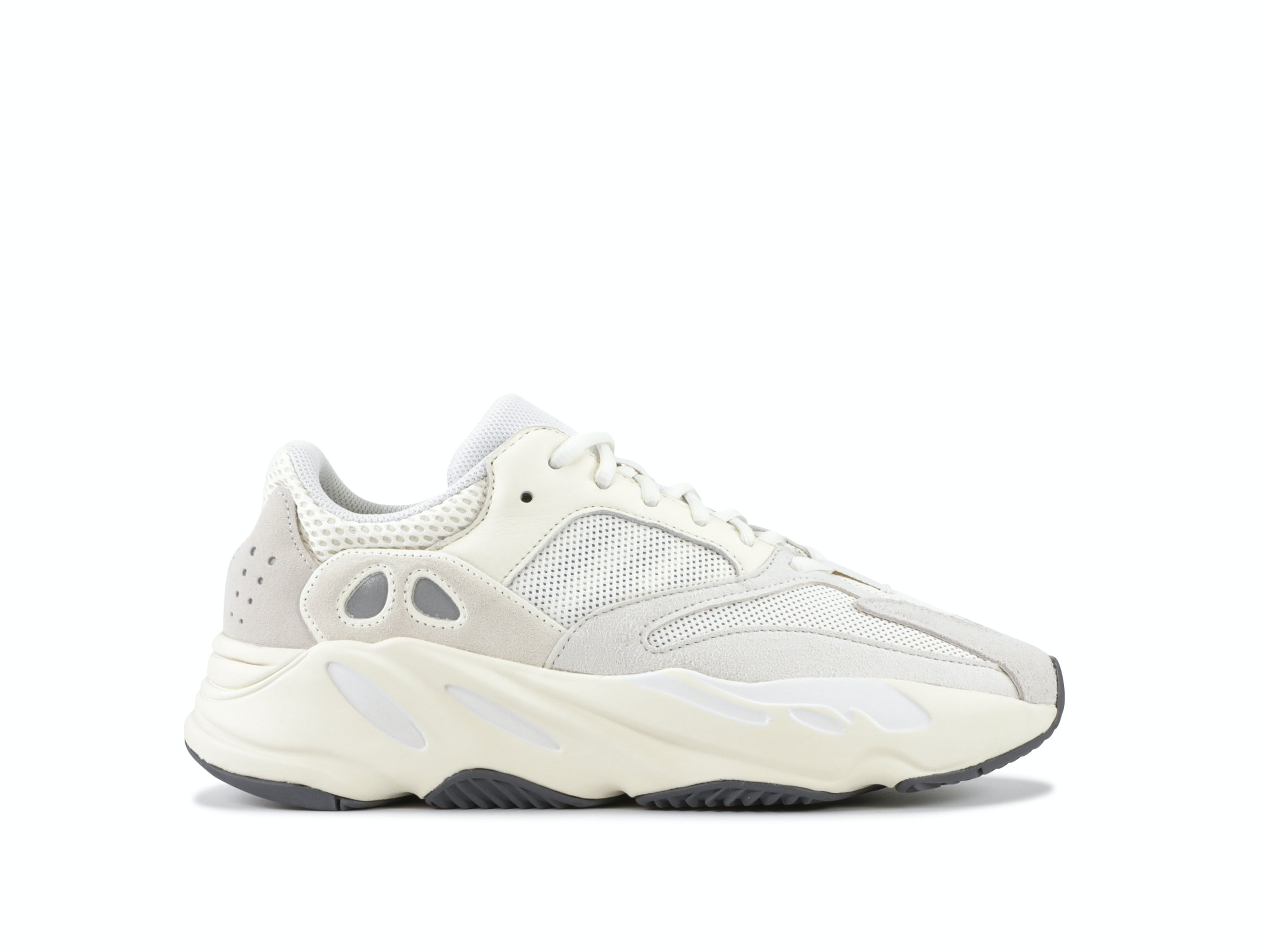 innovative design a88b7 84d83 Yeezy Boost 700 Analog. 100% AuthenticAvg ...